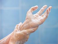 Sabun Ampuh Membunuh Virus COVID-19 dan Kuman-Kuman Jahat Lainnya