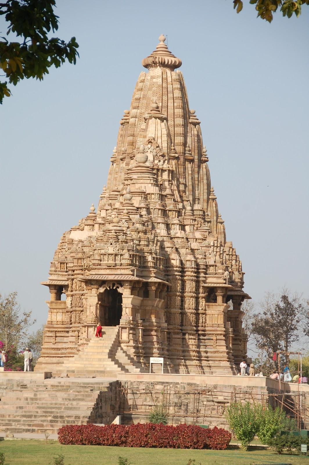 Mysterious Temples In World: Renaissance Woman Retired: Mystery Photo 20: Khajaraho