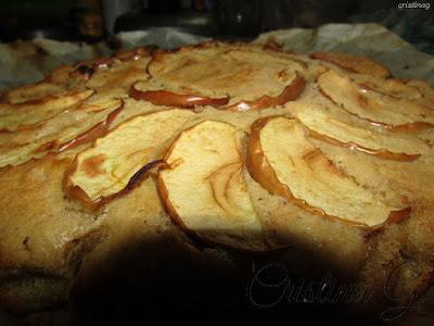 Tort (chec) de post (vegan) cu mere și morcovi-reteta de Cristina G.
