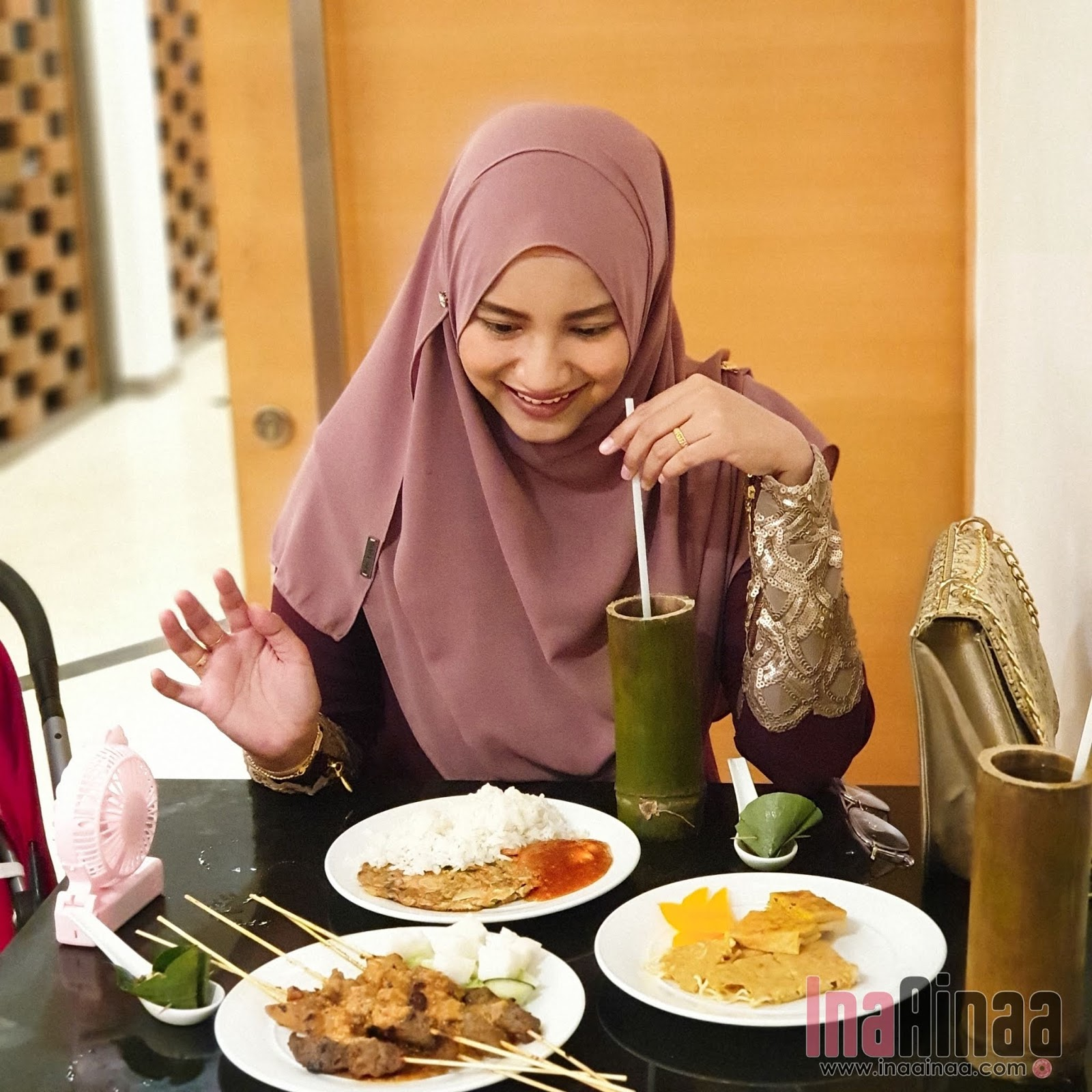 THE EVERLY HOTEL PUTRAJAYA - Hak Milik Ina Ainaa