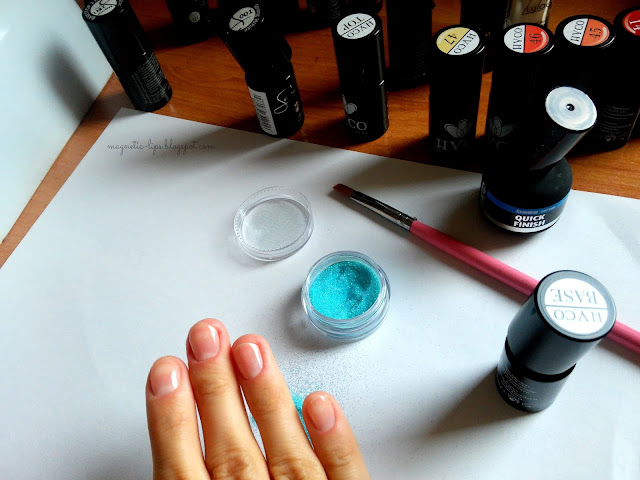 hybrydowy manicure