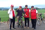 Bangun Pagi - Pagi, Wakil Bupati Pidie Jaya Keliling Gampoeng Pakai Sepeda