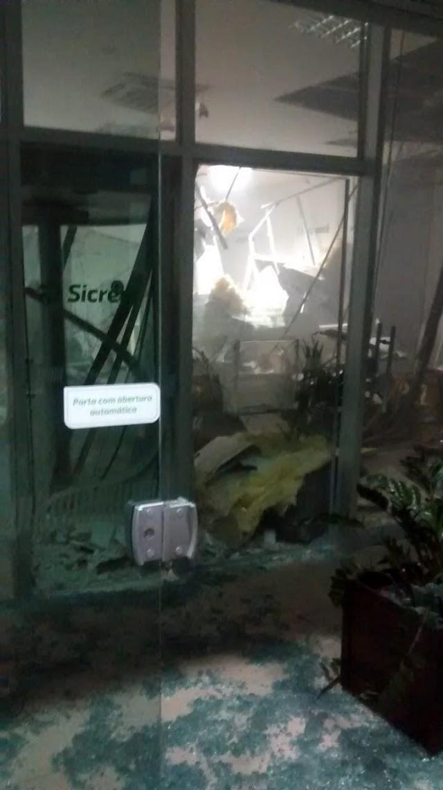 Agência do Sicredi de Nova Cantu foi alvo de explosões