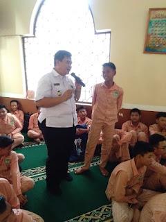 Sosialisasi  Bahaya dan Efek Dari Penyalahgunaan Narkoba Kepada Siswa Siswi SMP Negeri 4 Cirebon