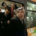 Japan Airlines CEO Takes A Bus To Work And Gets A Salary Less Than His Other Employees