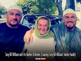 Sony Bill Williams with his mother, brother, Sony Bill Williams converted to Islam, His Mother converted to Islam, Sony Bill Williams wife is Muslim, Photo from twitter, EduIslam