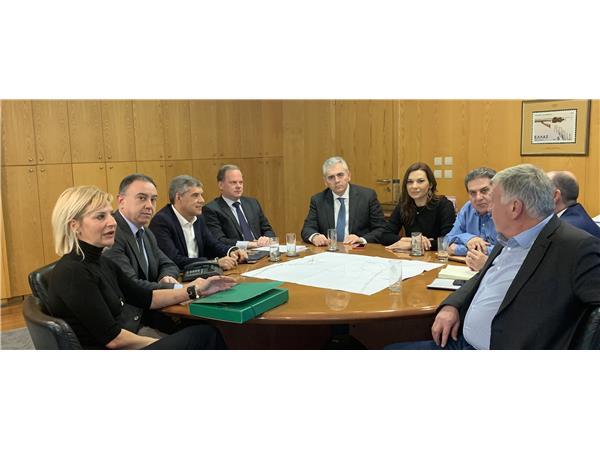 Κοινή συνεργασία και άμεση, αποτελεσματική λύση για το δρόμο Λάρισα-Φάρσαλα