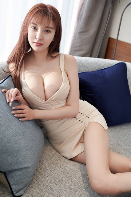 Hot and sexy big boobs photos ot beautiful busty asian hottie chick Chinese booty model Xiao Xue photo highlights on Pinays Finest sexy nude photo collection site.
