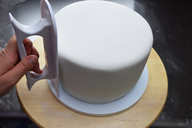 Cuánto fondant necesito para cubrir un pastel