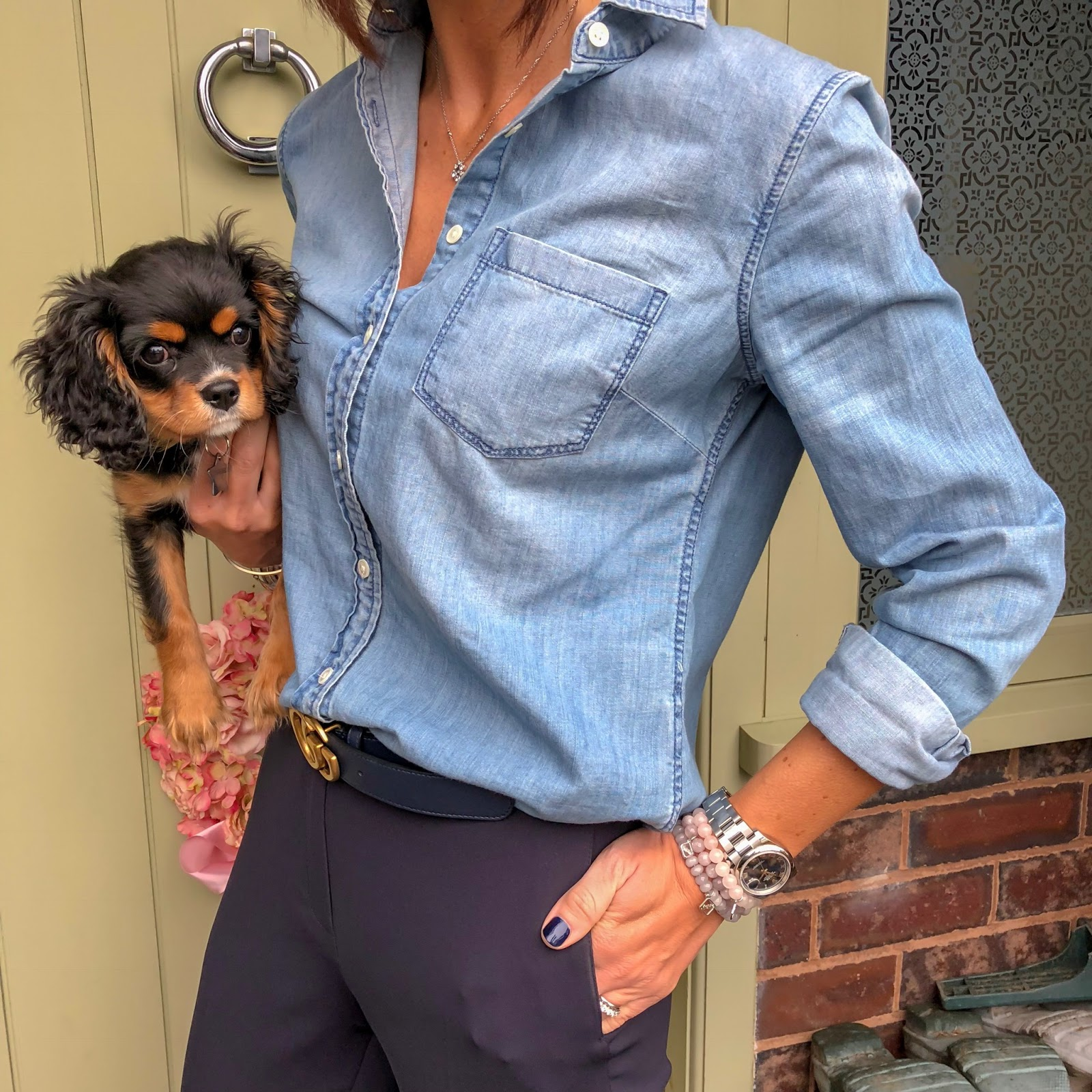 my midlife fashion, j crew everyday chambray shirt, gucci double G 2cm belt, fenn wright manson harper trousers, j crew tweed tassel flat shoes