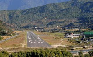 Bandara Paling Berbahaya di Dunia