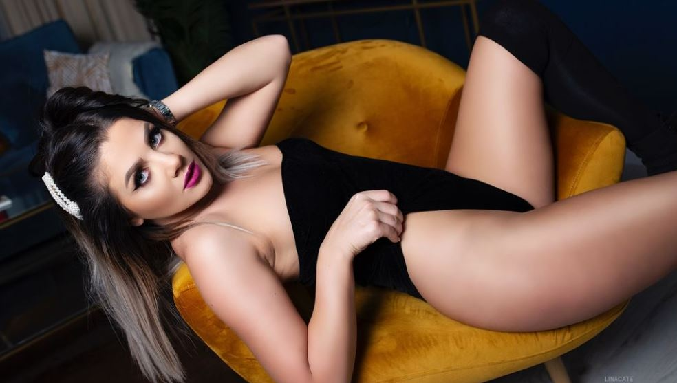 LinaCate Model GlamourCams