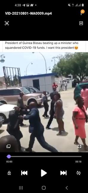 Guinea President Beating up Minister
