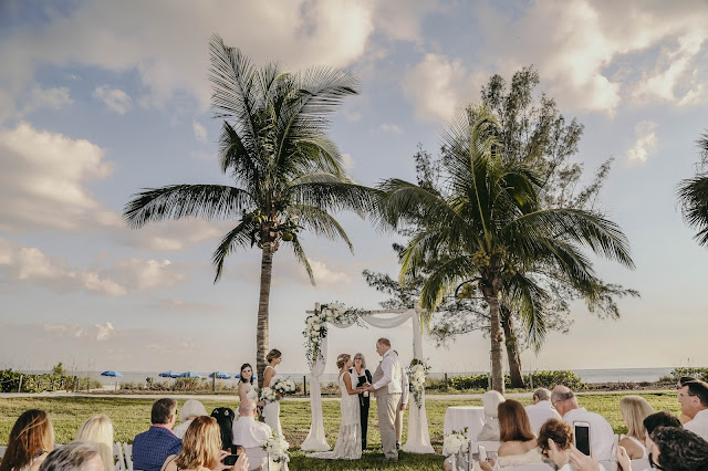 wedding ceremony on sanibel island beach
