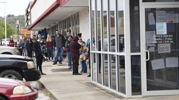 EE.UU. supera los 51 millones de desempleados por la pandemia