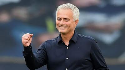"""Tottenham hạ Arsenal: Mourinho châm chọc """"Pháo thủ"""" như thế nào? 2"""