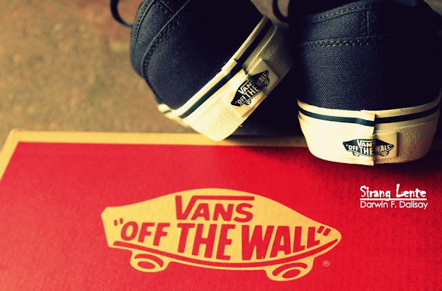 Vans Shoes Off the Wall