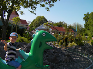 dinosaur ride past the volcanoes