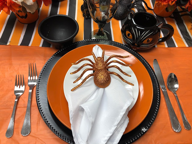 Hocus Pocus Dinner Table Place Setting
