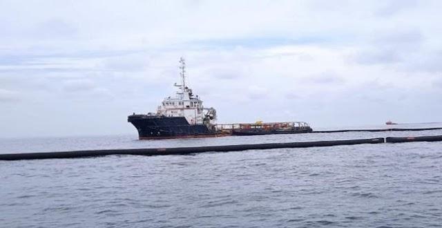 Ada Tumpahan Minyak Sudah Sebulan di Laut Langsa Aceh