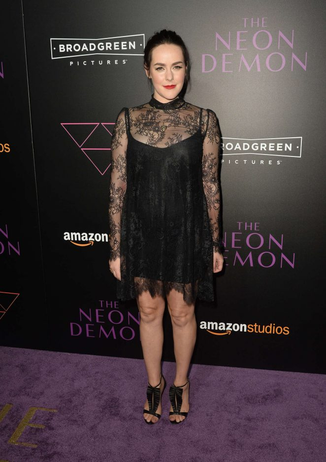 Jena Malone wears a lace mini dress to 'The Neon Demon' LA premiere