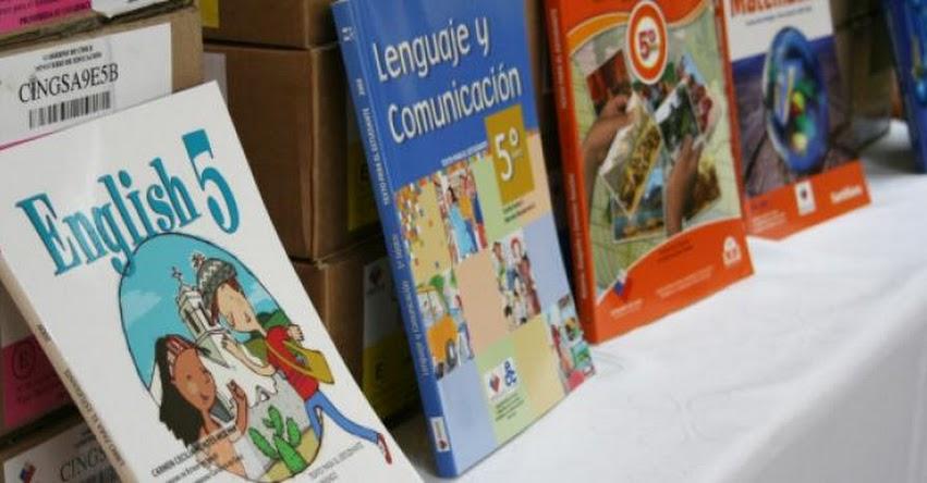 Los nuevos caminos de desarrollo de los textos escolares (Hugo Diaz)