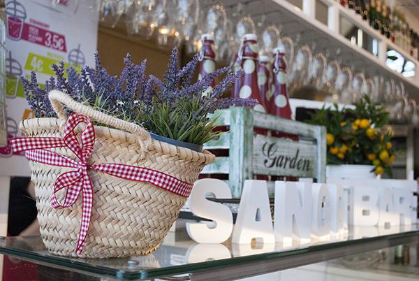 mercado lonja del barranco sevilla españa seville spain