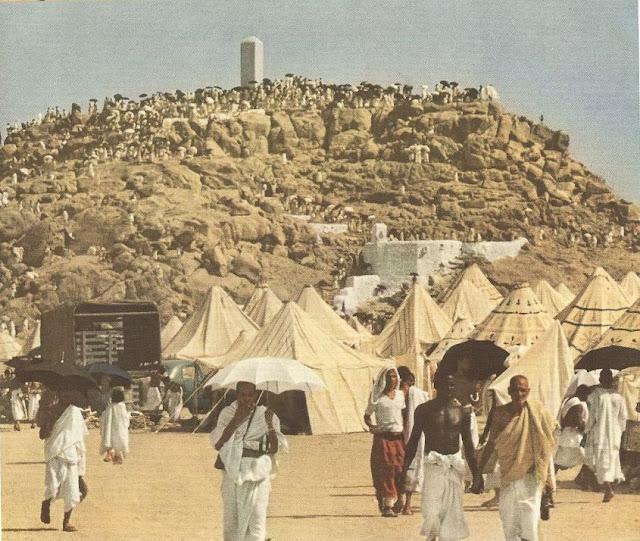 Subhanallah, 25 Foto Ini Tunjukkan Suasana Ibadah Haji 127 Tahun Yang Lalu
