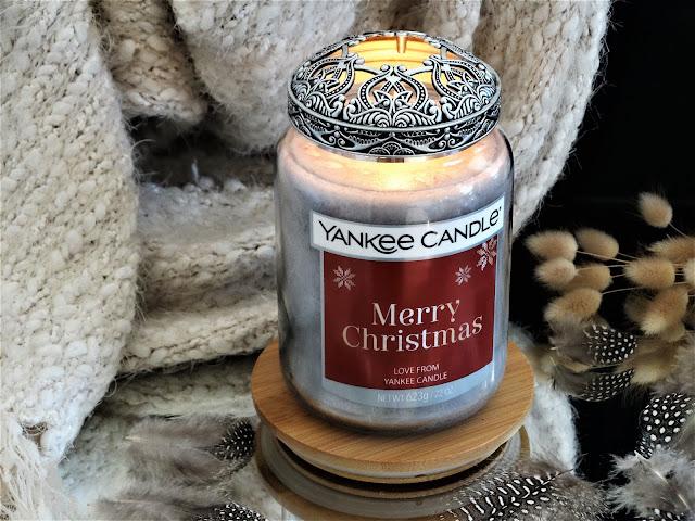 Soirée au Chalet Yankee Candle avis, candlelit cabin yankee candle, nouveau parfum yankee candle, bougie hiver yankee candle, bougie parfumée personnalisable, yankee candle candlelit cabin review, bougie parfumée feu de cheminée