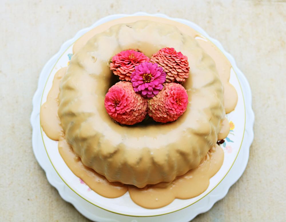 cocoa-easy-scratch-homemade-cake-bundt-holiday-Birthday