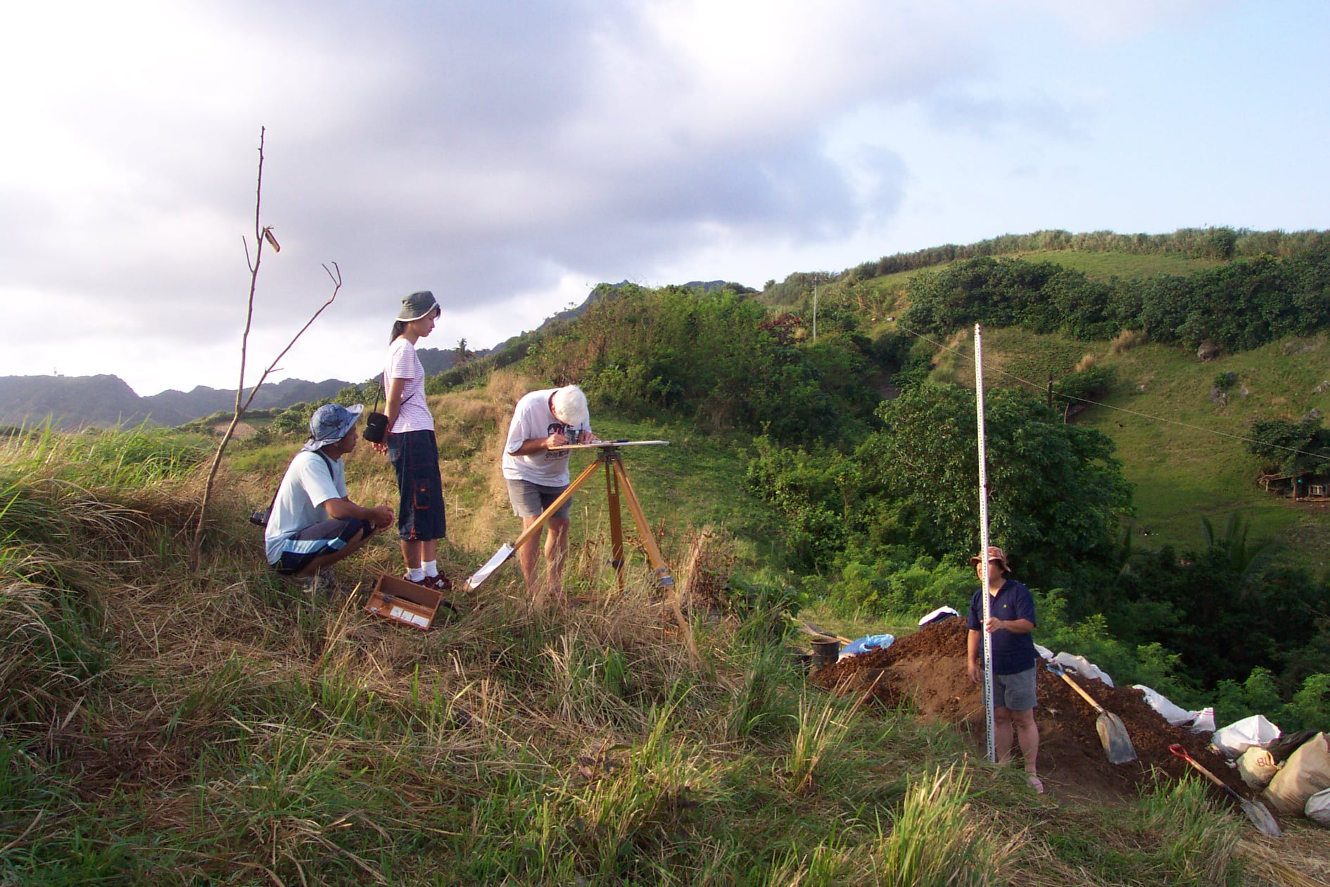 Mapping activity at Sunget Site (Sunget Top Terrace) led by Dr. Peter Bellwood with some of the team members