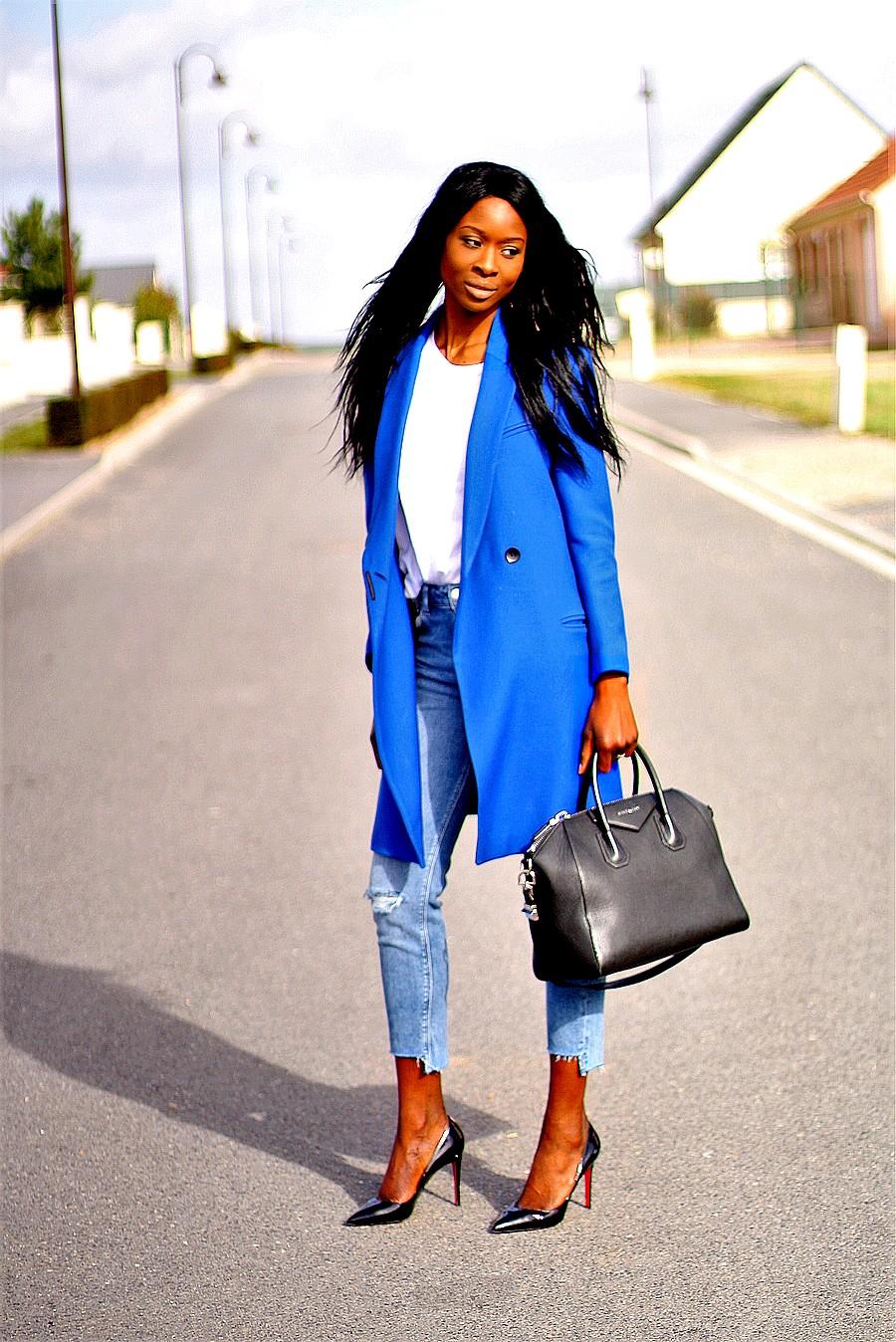 blog-mode-manteau-bleu-electrique-tendance-louboutin-pigalle-sac-givenchy-antigona