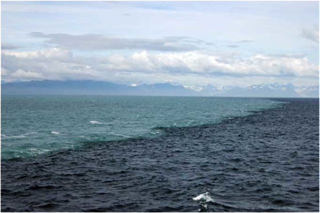 Inilah Dua Lautan di Selat Gibraltar,  Yang Tak Akan Pernah Menyatu. Walau Hingga Kiamat.
