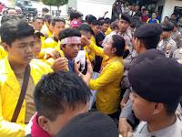 Mahasiswa Demo Pemerintahan Kota Tegal - Terkait Kasus Korupsi Walikota Tegal
