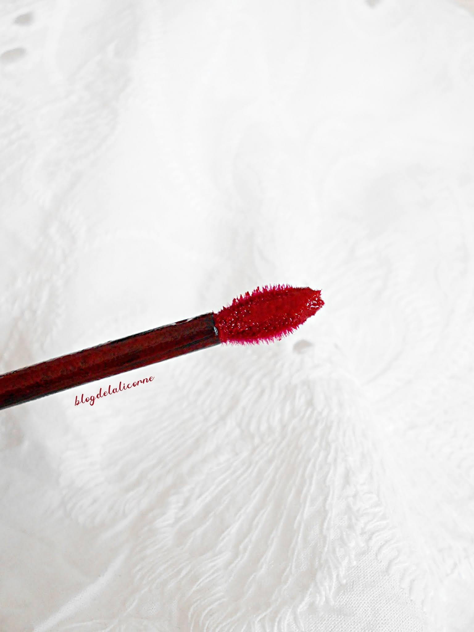 Tekutý rúž L'Oréal Paris Brilliant Signature recenzia