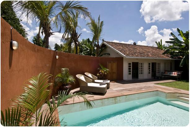 villa dengan kolam renang di jogja