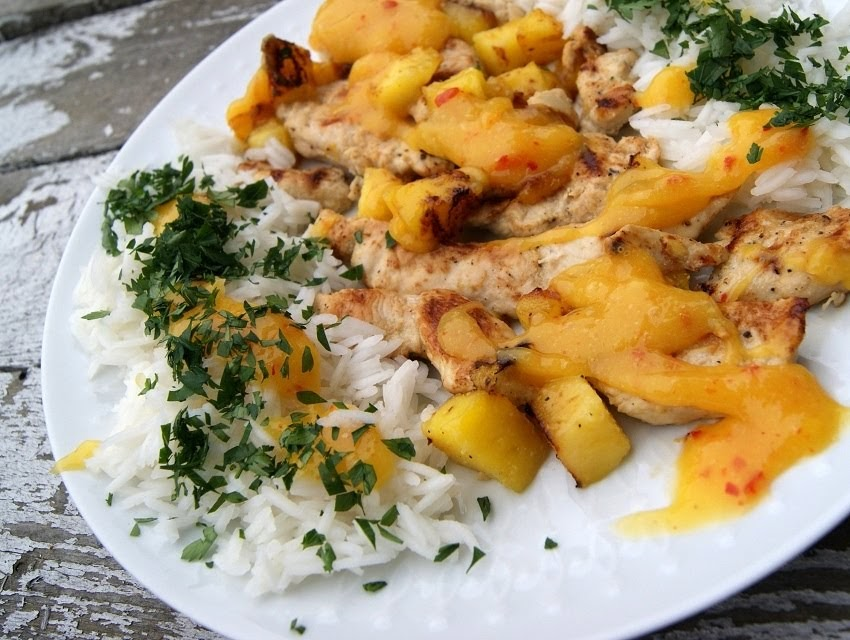 Piersi z kurczaka z sosem z mango