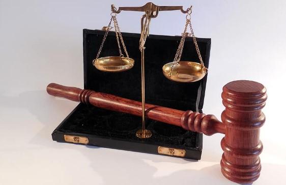 https://www.abusyuja.com/2020/08/7-aspek-hukum-islam-yang-harus-anda-ketahui.html