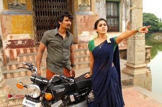 Jiiva Nayantara Starring Thirunaal Tamil Movie Stills 0008