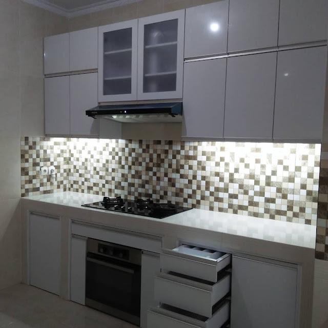 Jasa Kitchen Set Rumah Surabaya