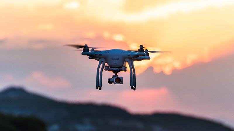 5 Keuntungan Menggunakan Drone Saat Merekam Video