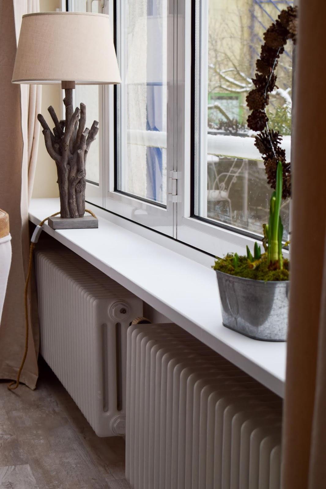 Renovierung von Fenstersims mit selbstklebender Folie. Einfach selbermachen renovieren Marmor Folie Klebefolie. Aus Alt mach NEU