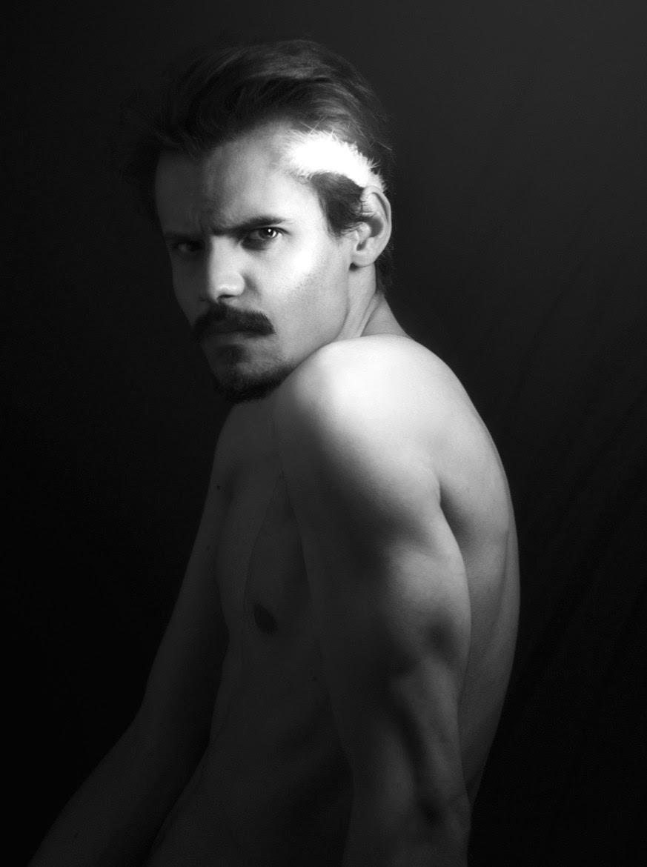 MoustachE, by Rafael Bueno