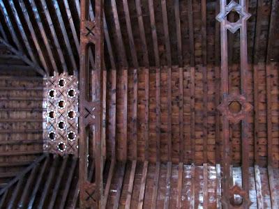 Artesonado mudéjar. Estrellas y atauriques en artesonado. Artesonado iglesia de Níjar