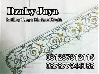 Desain railing tangga besi ulis untuk rumah modern klasik.