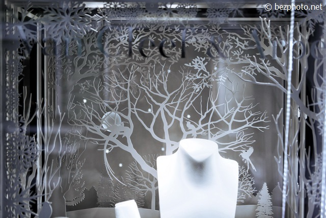 новогодние витрины Van Cleef & Arpel