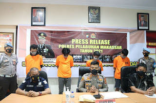 Sita Sabu 208 Gram, Polres Pelabuhan Makassar Amankan 4 Tersangka di Rumah Kos