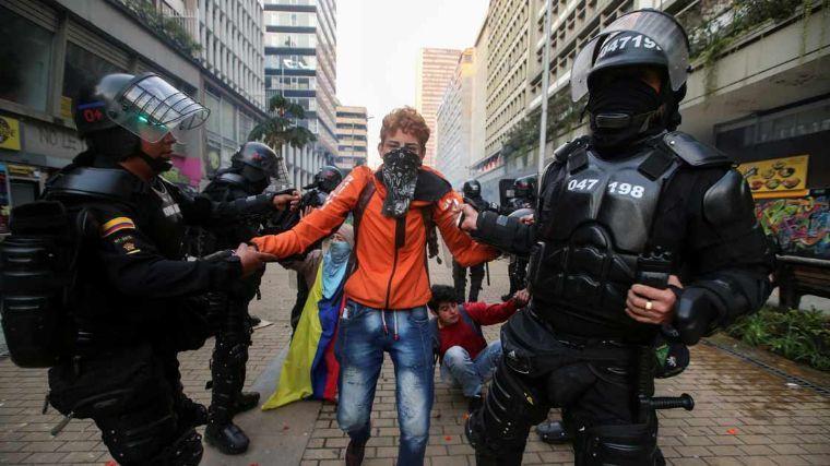 Alcaldía de Bogotá prohíbe las protestas durante la pandemia
