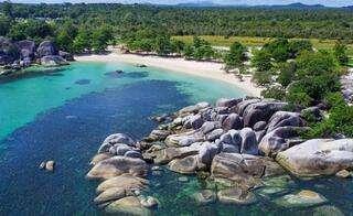 9 Tempat Wisata Bangka Belitung Terbaik yang cocok untuk Liburan    Destinasi Bangka Belitung