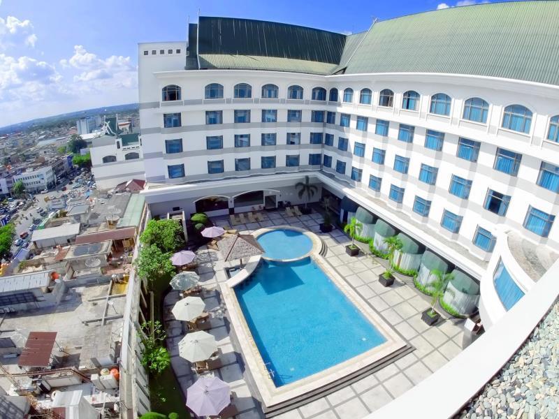 Hotel Bintang Empat dan Lima di Pekanbaru